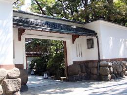 27-鍋茶屋 (1)-trimmed-ヨコ