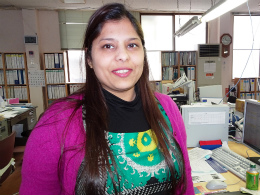 DSC01823RE光機械インド人社員