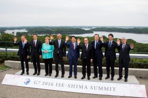Family photo during the first day of the Group of Seven (G7) summit meetings in Ise Shima