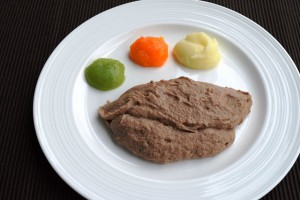 (2)ミキサー食、きざみ食、嚥下食を比較_4_ミキサー食:ステーキ